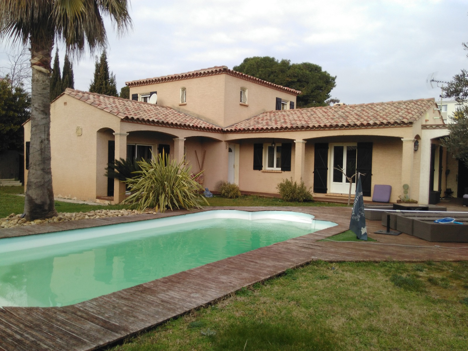 Vente david immobilier for Recherche villa avec piscine